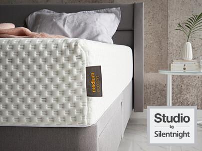 memory foam mattress guide how does it work silentnight. Black Bedroom Furniture Sets. Home Design Ideas