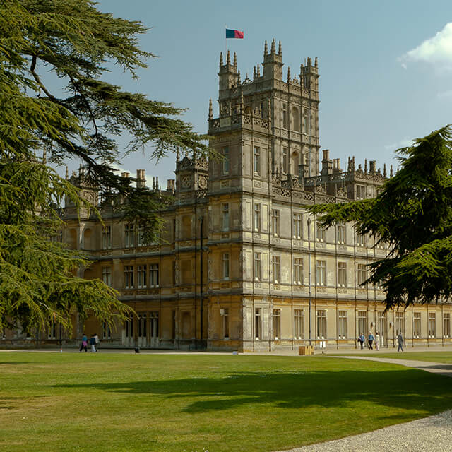 Inpsired by Highclere Castle