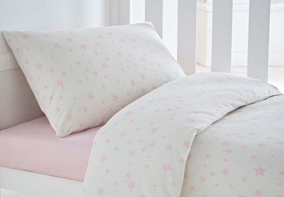 Cot bed duvets and pillows